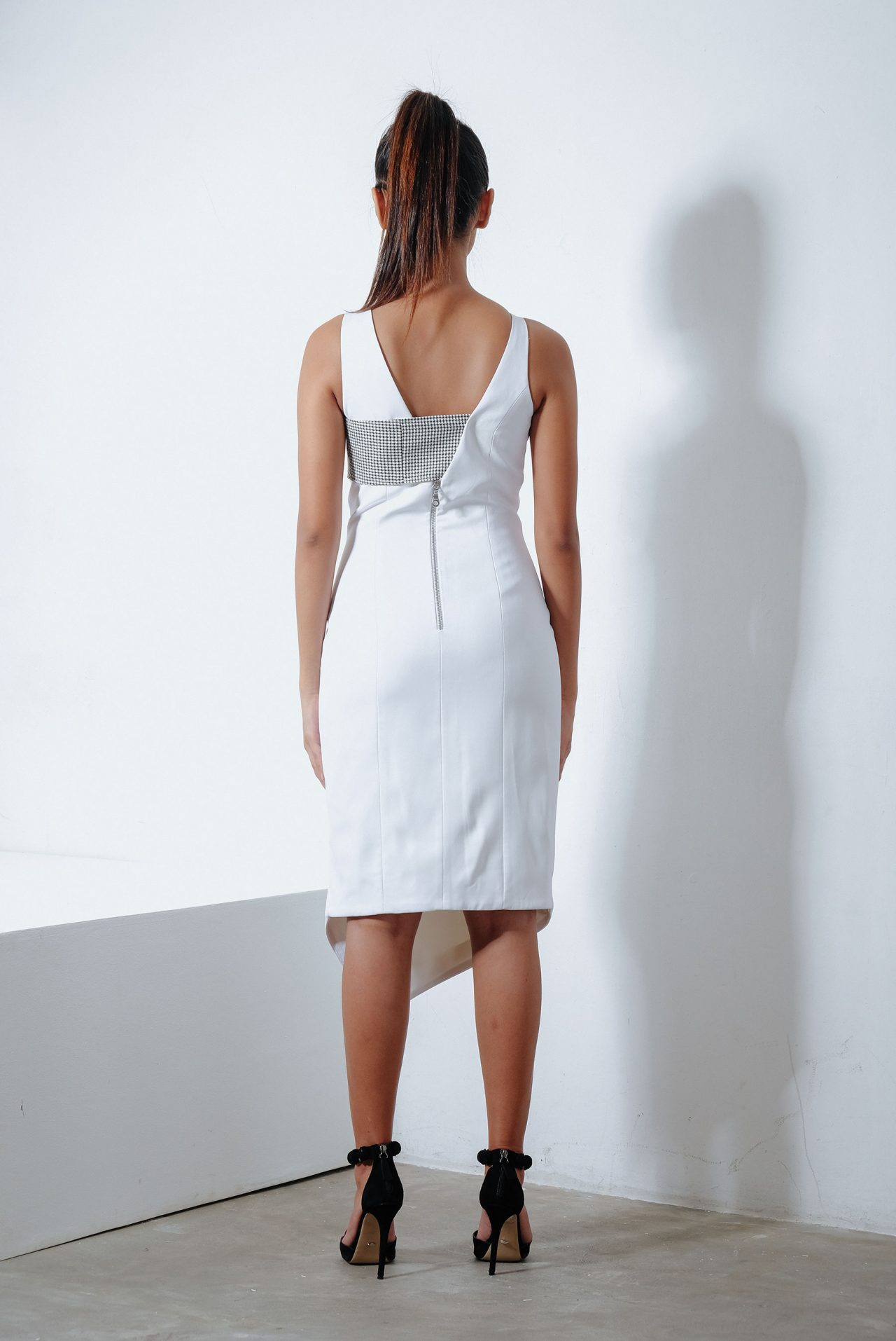 11103–V-neck-Midi-Dress3