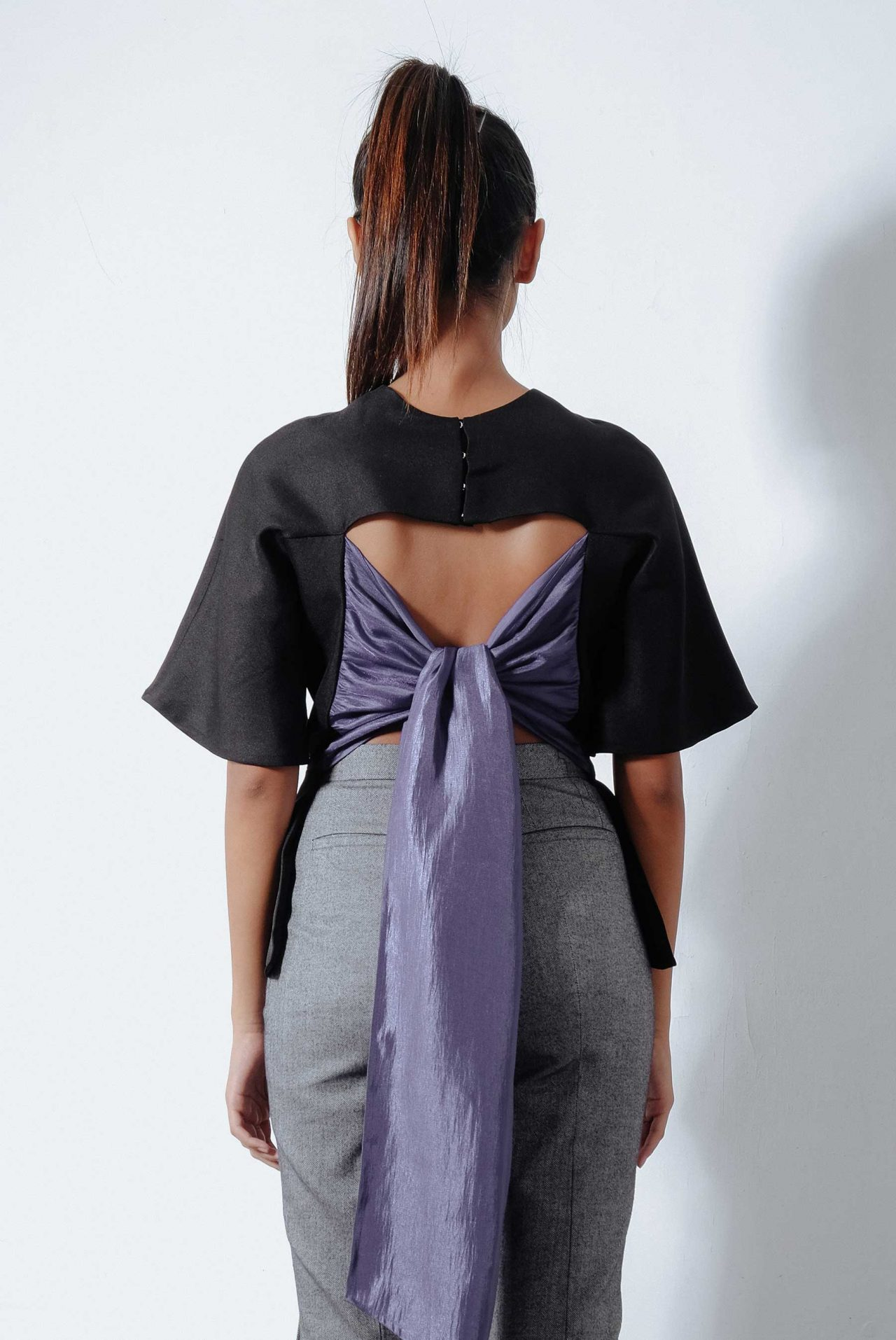 11219–CUTOUT-TWISTED-BACK-TOP3