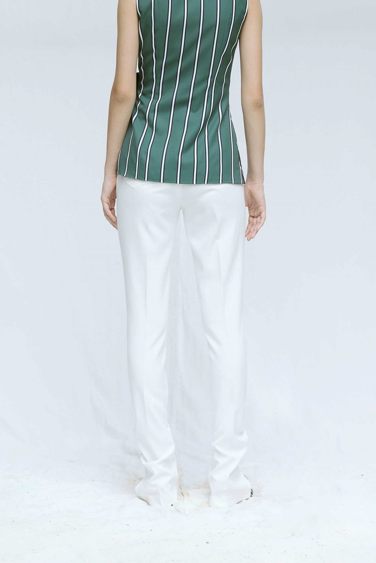 7423-Ruched-ankle-pants-white3