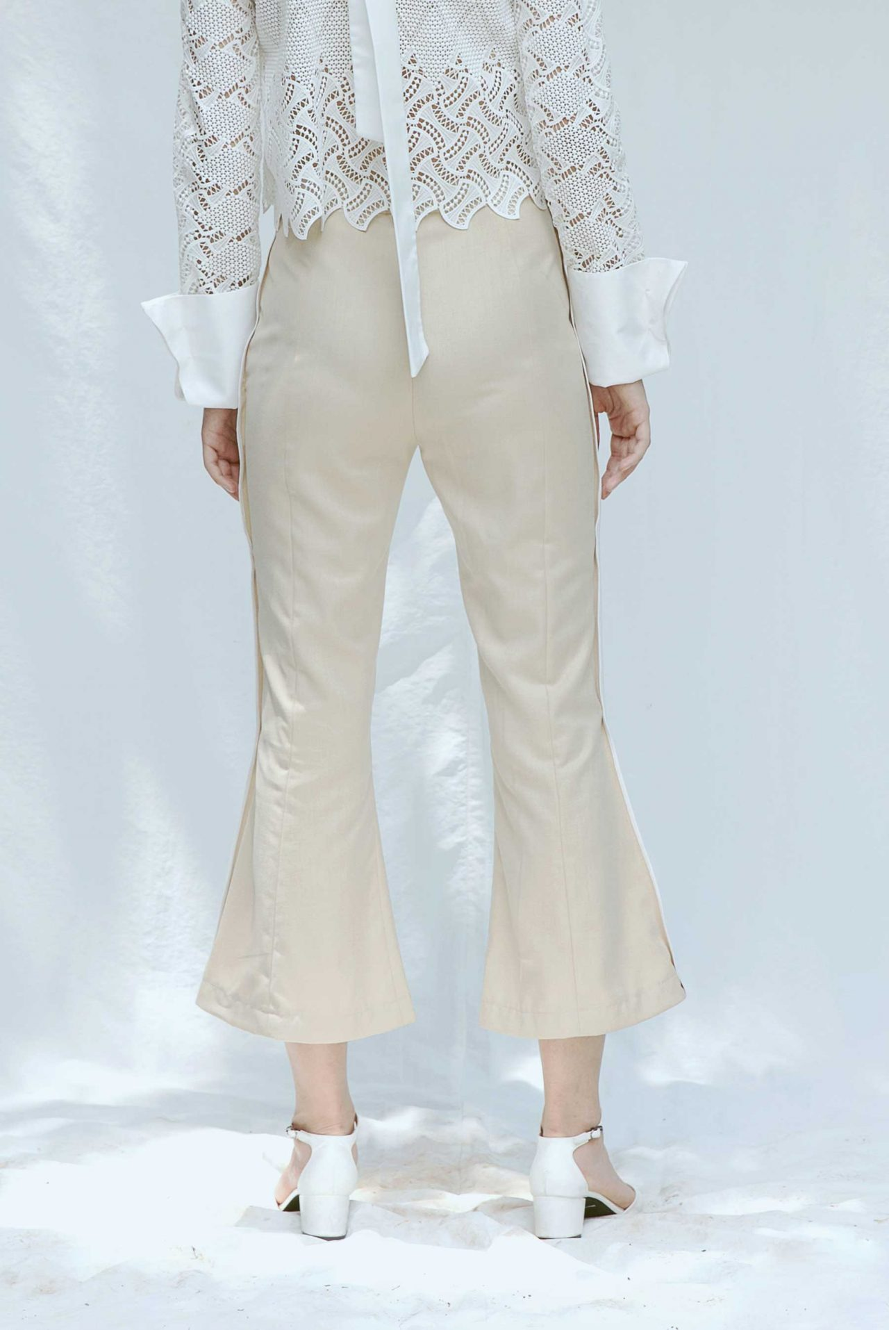 7424-flare-pants-with-slits3