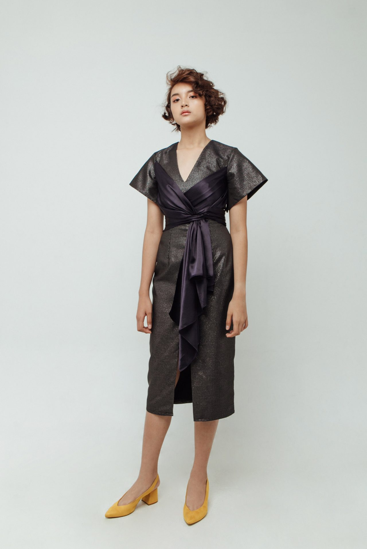 BACK-DETAIL-WITH-FRONT-RIBBON-MIDI-DRESS-0