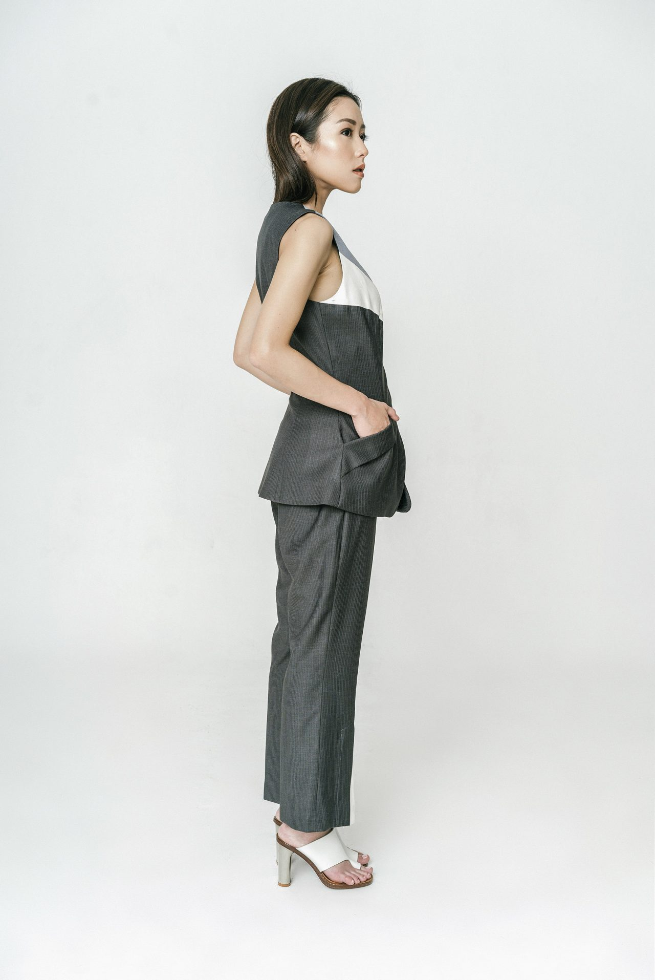 PINSTRIPE-PANTS-WITH-WHITE-VENT-2